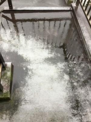 ベランダの高圧洗浄-作業前01