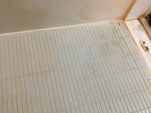 浴室クリーニング 都城市 床の汚れ