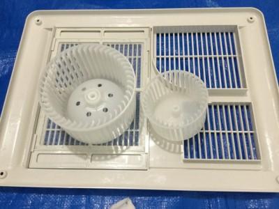 EYK 浴室乾燥機のシロッコファン カビ除去