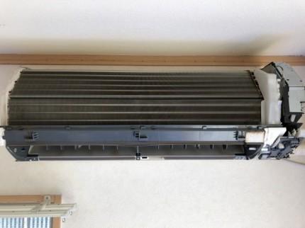 エアコン掃除 一般的な分解